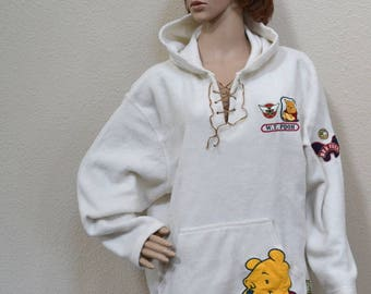 Vintage  Winnie the Pooh Disney hoodie embroidered Fleece Pullover  Sweat Shirt  size L bee Winnie uniseax