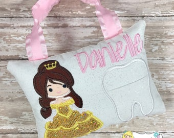 Girls Tooth Fairy Pillow, Tooth Fairy Pillow, Princess Tooth Fairy Pillow, Girl Tooth Fairy Pillow, Birthday Gift, Personalized Tooth Pillow
