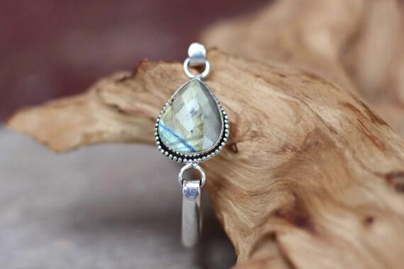 LABRADORITE FACETED BANGLE - Glitter bracelet - Tibetan Silver - Vintage - Bohemian - Gemstone bracelet - Crystal - Stocking filler - Sale