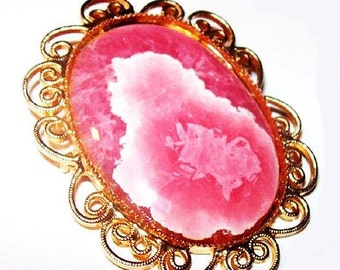 """Pink Oval Limoge Art Glass Brooch Pendant Gold Heart Scroll Frame 2 1/4"""" Vintage"""