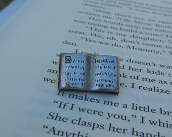 Book Lapel Pin - CC375- Reading, Literature, and Education Pins for Librarians, English Teachers, Literacy and Writing Pins and Gifts