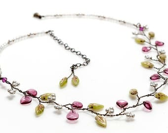 Pink and Green Bridal Necklace,  Pink Floral Necklace, Nature Jewelry, Pink and Green Bridal Necklace, Vintage Style Jewelry N524