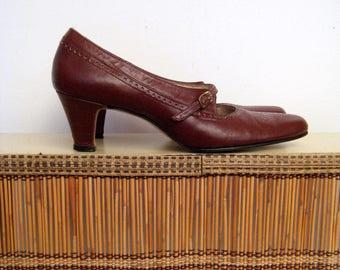 1950s 1960s oxblood mary janes • mid-century burgundy brogue heels • vintage spanish harlem shoes