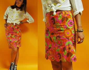 1960s Psychedelic Floral Scalloped Slip Skirt