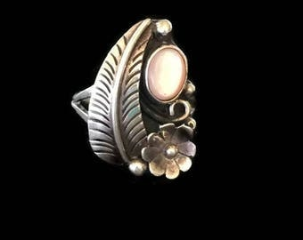 Native American Feather and Flower Ring Pink Mother of Pearl Sterling Silver SZ 6.75 Native American Ring