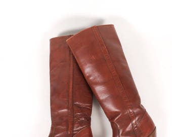 VINTAGE 70s Cognac Brown Leather Dexter Heeled Boots 7 | Western leather Cowboy Boots