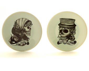 """Set of 2 Sugar Skull Plates, Personalized Names Engagement, Day of the Death, Wedding Gift, 7.48"""" Vintage Porcelain, Halloween Gift for 2"""