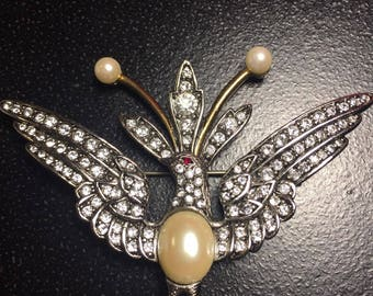 Jackie Kennedy Bird Brooch - Platinum Plated, Faux Pearls and Crystals, Box and COA