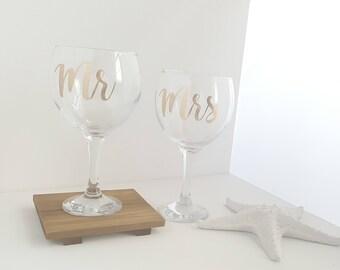 Mr & Mrs Wine Glasses, Wedding Toasting Glasses