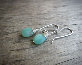 Short drop earrings Short silver earrings Chrysoprase earrings Mint green stone earrings Short dangle earrings Sterling silver jewelry