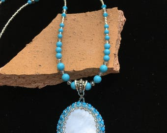 Turquoise & Mother of Pearl pendant necklace