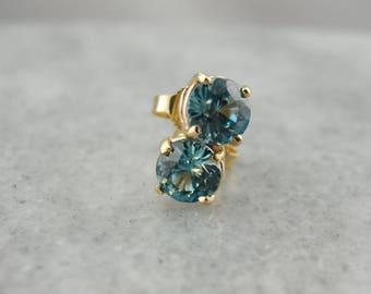 Round Blue Zircon Stud Earrings, December Birthstone 772J24-D