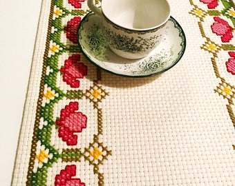 50s vintage table runner Hand embroidered swedish design vintage linens Retro floral pattern Cross stitch gift home decor holiday handicraft