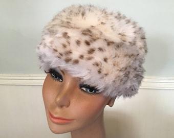 1960s Fur Hat / Cream Brown Fur Hat / Fur Hat / Vintage Fur Hat / MOD Fur Hat