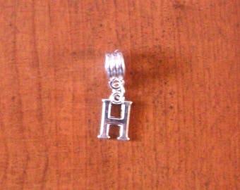 Silver fancy pendant letter H 15 x 9 mm