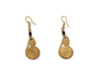 Tribal coiled earring, earrings handmade wire wrapped, Tribal earrings for women, aluminum earrings, spiral earrings