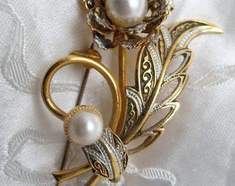Vintage 1950s Spanish Damascene Flower Brooch