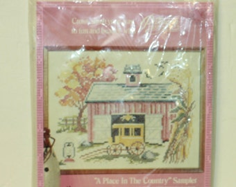 Paragon Needlecraft kit 0180 A Place In The Country Sampler Vintage 1974