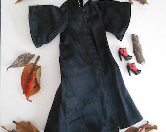 Barbie clothes, Barbie shoes, Barbie black cape, Barbie Halloween costume, Barbie vintage clothes, witch, wizard, woodland.