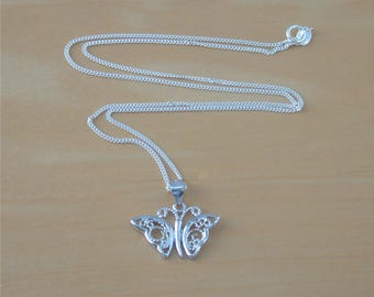 925 Silver Butterfly Pendant & 18 inch Chain/Butterfly Necklace/Butterfly Jewelry/Butterfly Jewellery/Butterfly Jewelery/Filgaree Butterfly