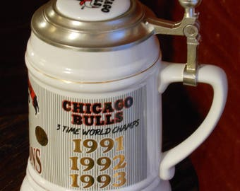 Chicago Bulls NBA World Champions 1992-93 Officially Licensed Numbered Limited Edition Stein