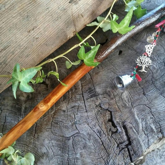 Druid Apple Wand, Apple Wand, Magic Wand, Wiccan Wand, Druid, Shaman, Witchcraft, Apple Tree, Apple Wood Wand