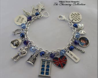 Doctor Who blue tardis bracelet, Dr who fan series jewelry, Dr Who 11th Doctor bracelet tribute, Dr Who tardis blue charm bracelet, Whovian