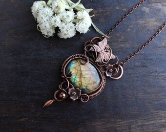 Unique gift for Wife gift for her Boho jewelry Labradorite pendant necklace Wire wrap pendant Copper pendant Wire wrapped jewelry