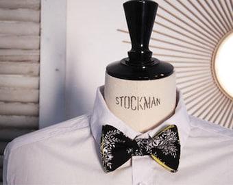 Bow tie pattern bandana.
