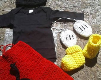 Crochet Mickey mouse birthday outfit, newborn photography prop, Mickey mouse Halloween costume, crochet Mickey hat, Mickey 1st birthday, boy