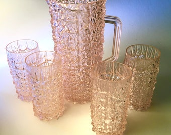 Amazing acrylic kryptonite cut pink pitcher with four glasses