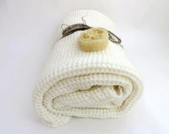 LINEN BATH TOWEL Waffle White Bath Towel Soft Linen Bath Towel Baby Linen Bath Towel Very soft bath Towel Mother's Day Gift