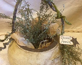 Primitive Natural Dried Gourd Handmade Basket With Sweet Annie Gatherings