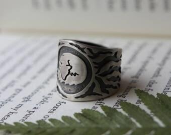 Sleeping Fox Ring. Roots. Animal Lover. Fox Totem. Fox Ring. Wide band ring. Fox Jewelry. Wildlife. Tree Jewelry.