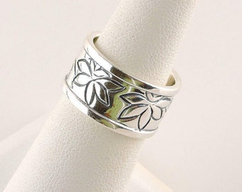 Size 6 Sterling Silver Floral Wide Band Ring