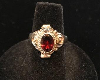 Ornate Sterling silver Garnet poison ring -Sz 6 3/4