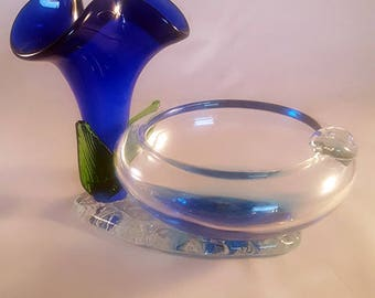 Murano Style Single User Ashtray with Cobalt Blue Flower on Pedestal