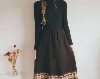 Vintage 70s Skirt, Boho Clothing, Wool Knit, Brown Pattern, Midi A-line Skirt,