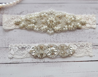 Wedding Garter, NO Slip Lace Wedding Garter Set, bridal garter set, pearl and rhinestone garter set, vintage rhinestones Style A2015