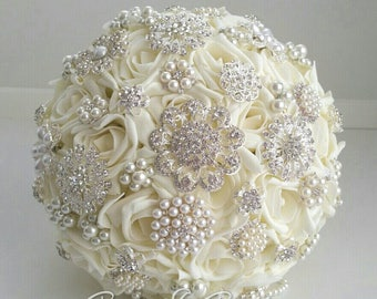 Ivory Brooch Bouquet Pearl Bridal Bouquet Ready to Ship Vintage Style Wedding Jewelled Bouquet Artificial Flowers