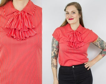 Vintage 70's Red and White Striped Blouse / 1970's Cap Sleeve Top / Ruffle Collar / Summer Blouse / Women's Size Medium