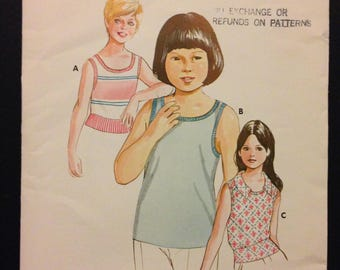 Kwik Sew 547 1960s or 70s Girls Tank Top with Rib Knit Bands and Pointed Collar Option - Size 8 10 12