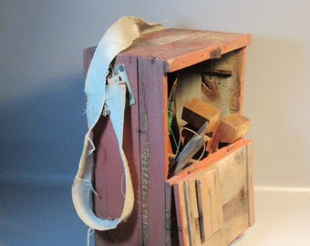 AAFA Rustic Primitive Fisherman's Box & Seat For Crab Fishing Including Contents