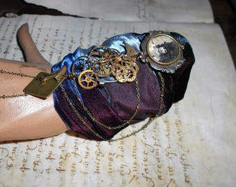Steampunk bracelet with real COGS and velvet...
