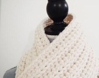 chunky ribbed crochet scarf | chunky wool crochet scarf | super chunky crochet scarf | thick wool crochet scarf | fringed super scarf