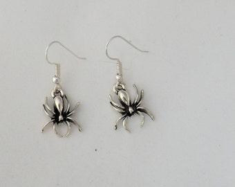 Halloween spider earrings, creepy insect earrings, gothic earrings, Halloween costume jewellery gift, animal earrings, sterling silver