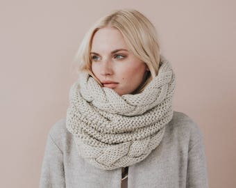 Knit Chunky Cable Cowl Scarf//Beige Scarf//  Blend of Merino Wool & Premium Acrylic// Beige Colour