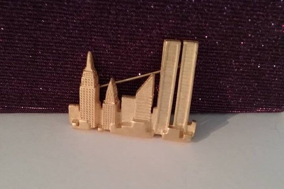 Vintage Twin Towers Brooch, NYC Skyline Golden Brooch, Vintage Twin Tower Skyline Pin, #Vintage9/11, Gold NYC Skyline Brooch, NYC Pin