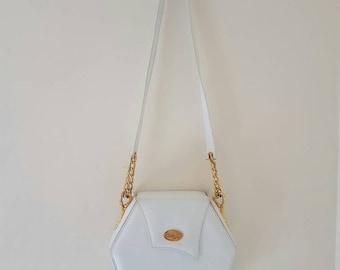 Beautiful Vintage Crossbody Bag • Vintage bag • Vintage Retro bag  • White Crossbody bag • Box bag •