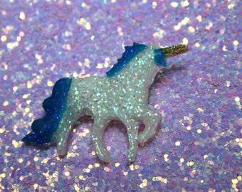 Cute Mini White and Blue Glitter Resin Unicorn Pin